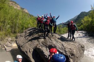 Rafting sur l'Ubaye, pose photos, ambiance garantie avec Oueds et Rios Rafting